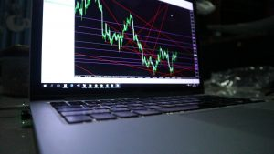 stock-market-graph_t20_NxxXOr-300x169.jpg