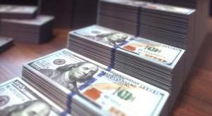 dollar-bills-growing-bar-chart-JESB6FG-300x240.jpg